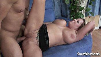 Fazendo um sexo bom no motel filmado pelo marido